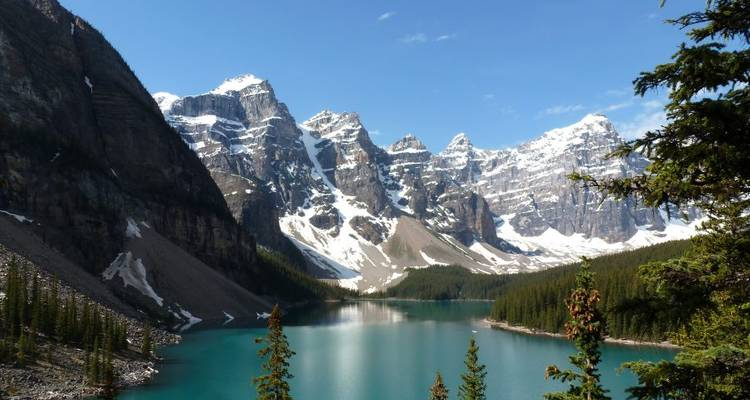 Walking in the Canadian Rockies - Explore!
