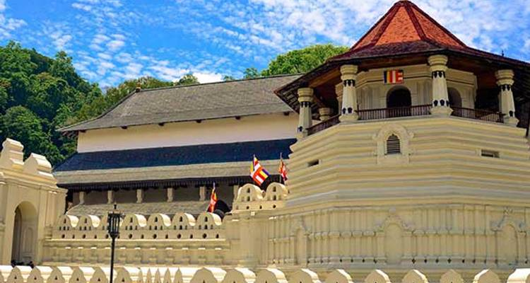 Sri Lanka in a Nutshell - Aitken Spence Travel