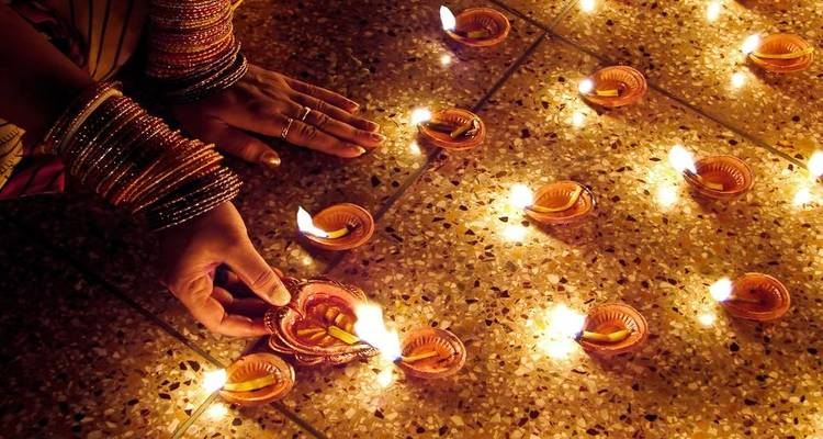Diwali Special - Golden Triangle 05 nights - Truly India Tours & Travels