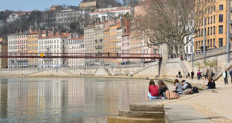 From Burgundy to Provence: Biking along the Rhône and Saône (8 destinations) - CroisiEurope River Cruises