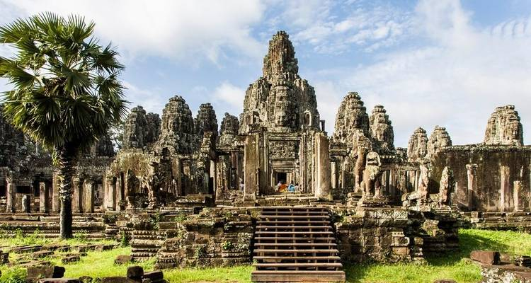 Cambodia Family Holiday from Phnom Penh to Siemreap, Angkor Wat - DNQ Travel