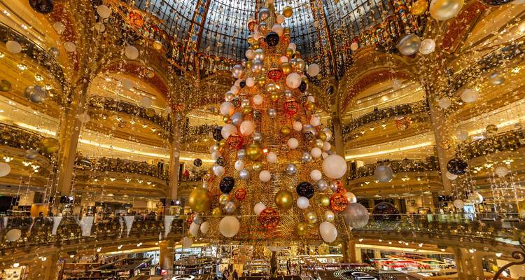 Christmas Markets In Europe 2019.Festive Christmas Markets With Magnificent Europe And Paris