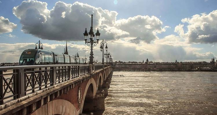 Beautiful Bordeaux 2020 - Scenic Luxury Cruises & Tours