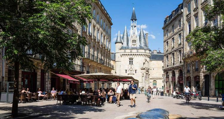 Gems of the Seine & Beautiful Bordeaux - Scenic Luxury Cruises & Tours