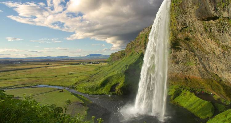 Scenic South Iceland – 5 Days: Guided Small Group tour - Nordic Visitor