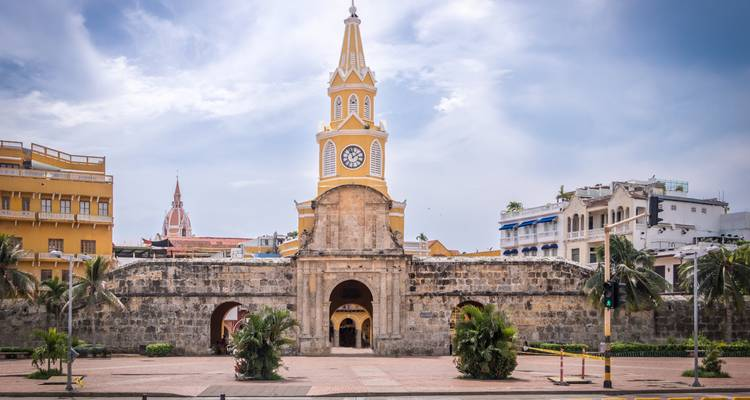 Private 4 Star Hotels in Colombia: Bogotá, Coffee Region, Medellín & Cartagena with Domestic flights - The Colombian Trip