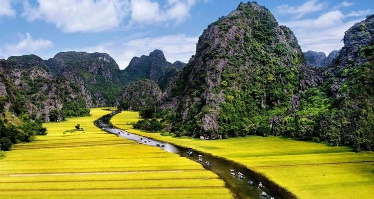 Wonderful Panoramic of Hoa Lu, Tam Coc Full-day Trip with Luxury Van - Crossing Vietnam Tour
