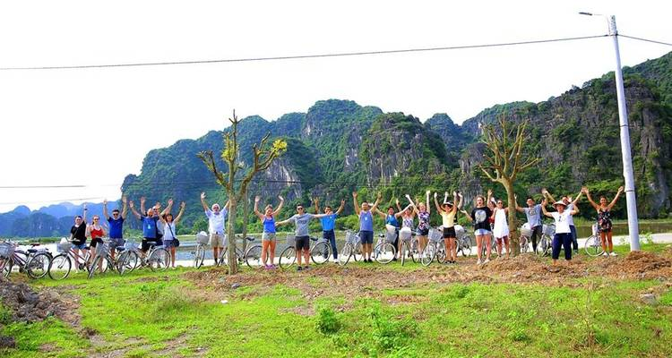 Full-day Explore Scenery of Hoa Lu - Trang An - Mua Cave by Limousine - Crossing Vietnam Tour