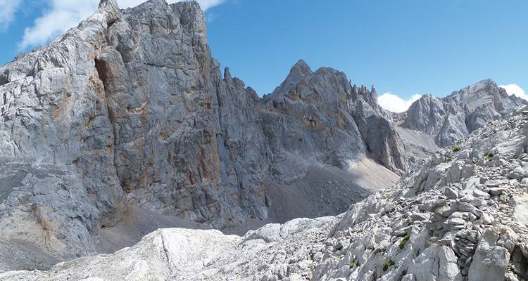 Trekking in the Picos de Europa (2020) - Explore!