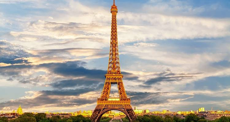 An Exclusive Experience in the City of Lights - French Side Travel