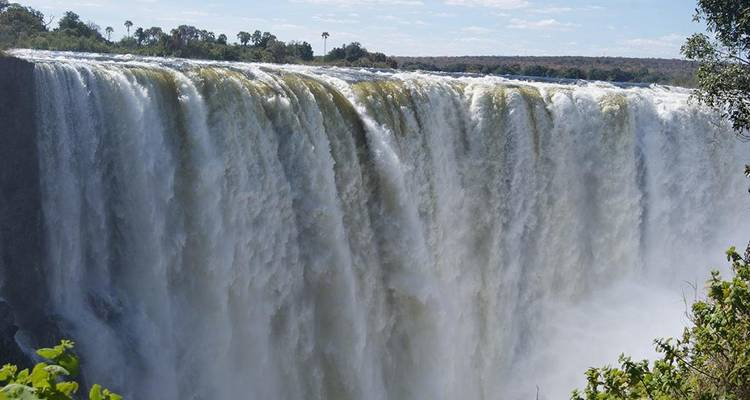 6 Nights 7 Days South Luangwa natonal park and victoria falls package - Sigo Adventures & Tours