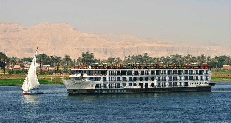 Signature Tour of Egypt 10 Days Discover Egypt in Style - Best Luxury Cruise & Hotels - Look at Egypt Tours