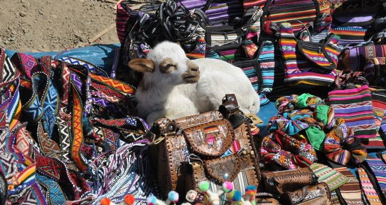 SACRED VALLEY OF THE INCAS FULL-DAY TOUR - Go Peru