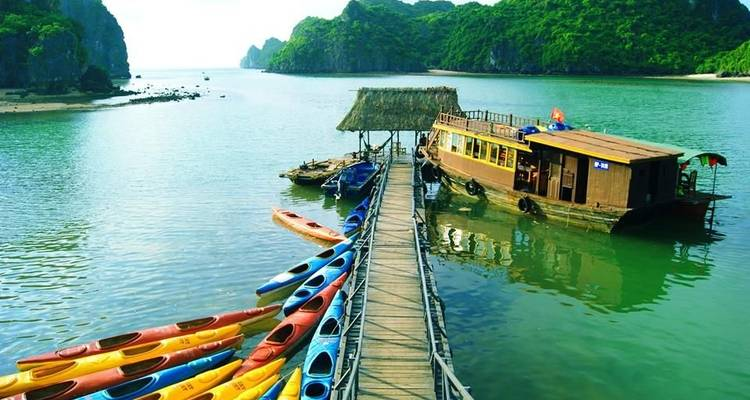 3-Day Bai Tu Long & Ha Long Bay on 5-star Cruise Including Cave, Fish Village, Kayaking,... - Crossing Vietnam Tour