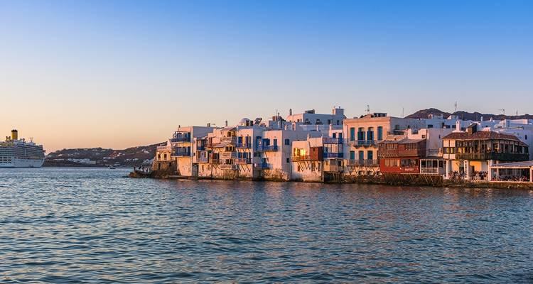Mykonos Santorini Tour 5 Days Standard