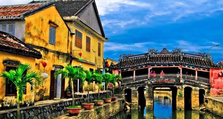 10 DAYS 9 NIGHTS CLASSIC VIETNAM TOUR  FROM SOUTH TO NORTH  - Viland Travel