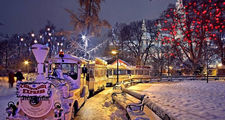 Prague & Christmas Markets on the Danube (9 destinations) - Emerald Waterways