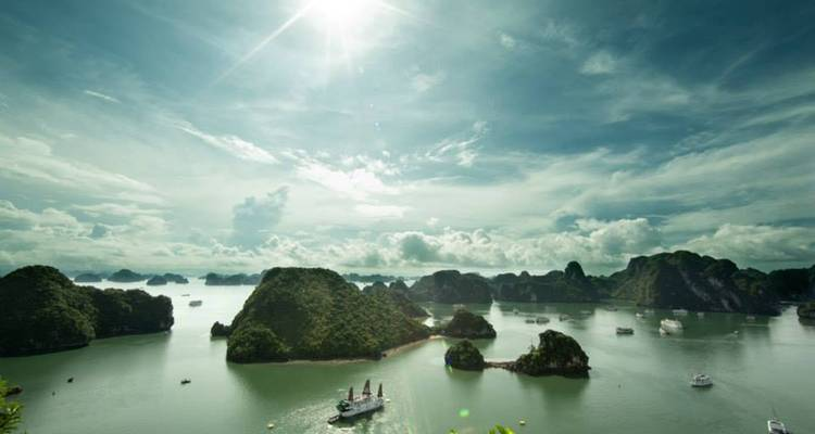 3 days Ha Long Bay Cruise with Seaplane scenic flight - a fabulous view of Halong Bay   - Ideal Travel Asia