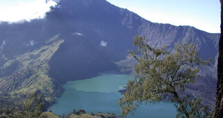 Mt Rinjani and Kayaking Komodos - No Roads Expeditions