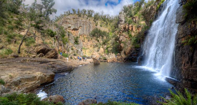 Melbourne to Adelaide Tour via the Great Ocean Road and Grampians National Park - Autopia Tours