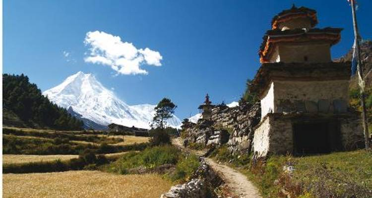 Manaslu Circuit & Base Camp Trek - World Expeditions