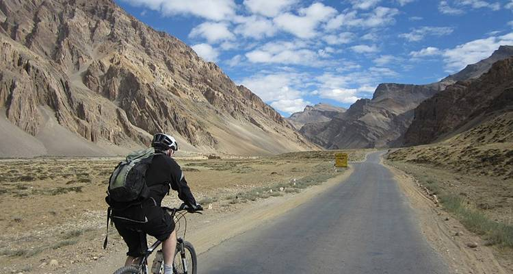 Manali to Leh Ride - Exodus Travels