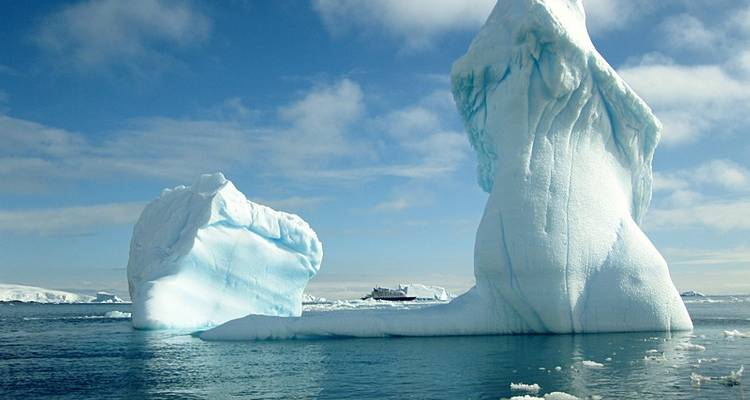 Antarctic Circle Quest - Quark Expeditions