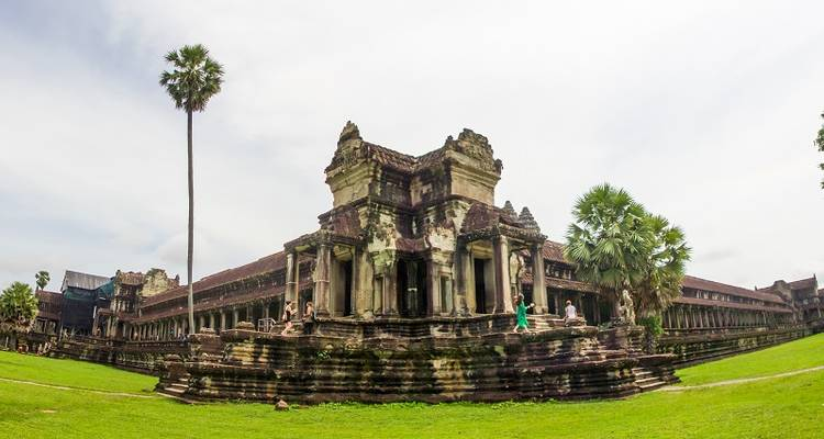 3 days Angkor Highlight from Ho Chi Minh City - Hoi An Express