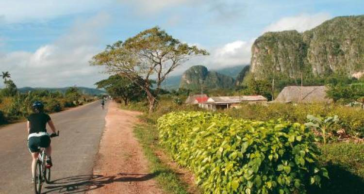 Cuba by Bike - World Expeditions