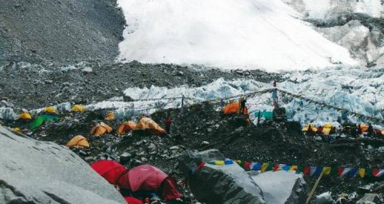 Everest Base Camp & Island Peak - World Expeditions