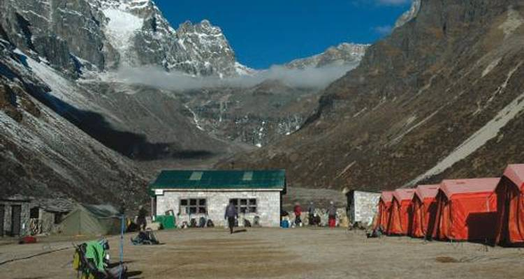 Gokyo & the Renjo La - World Expeditions
