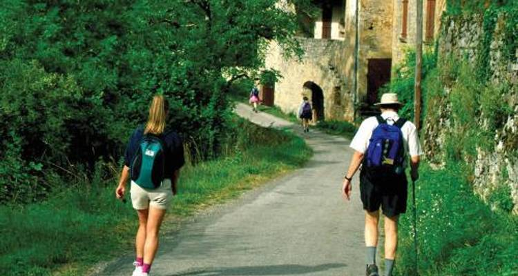 Walking in the Dordogne - UTracks