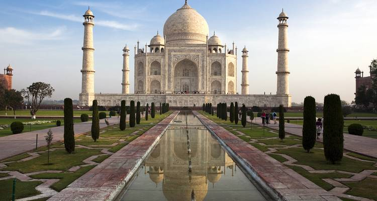 Taj Traveller - 8 days - On The Go Tours