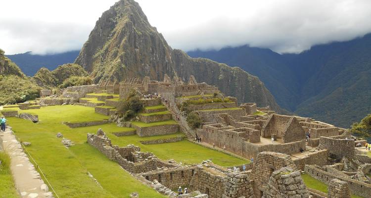 Cusco To Lima (12 Days) Inca Trail & Titicaca - Oasis Overland