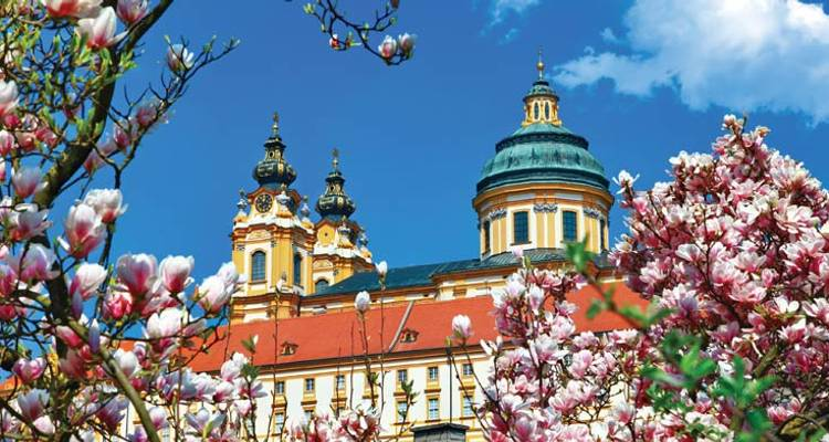 Danube Discovery & Prague - Vienna to Prague - Uniworld Boutique River Cruise Collection