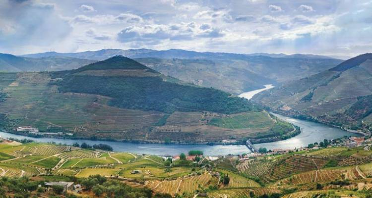 Portugal, Spain & the Douro River Valley (Lisbon to Porto, 2018) - Uniworld Boutique River Cruise Collection