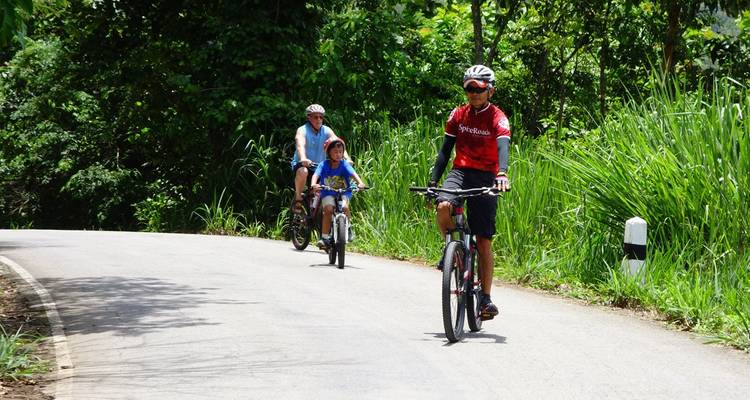 Chiang Mai Family Explorer - SpiceRoads Cycling