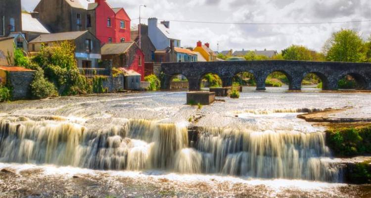 Western Wonders - Walking Tour - 8 Day - Extreme Ireland
