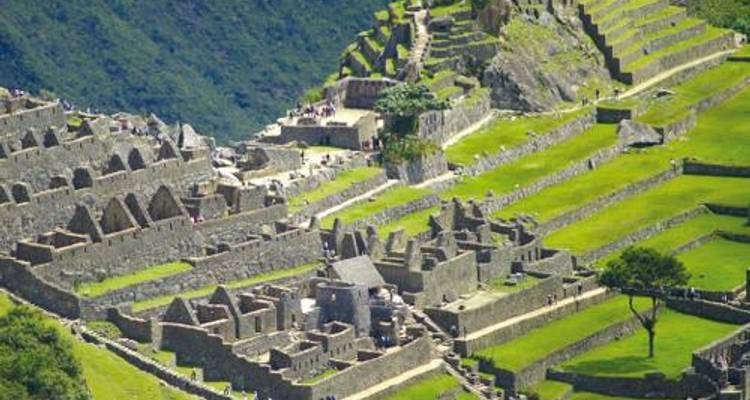 Inca Highlands and Lakes in Comfort - World Expeditions