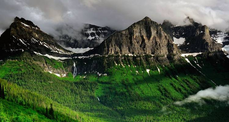 Glacier National Park & the Canadian Rockies with the Calgary Stampede - Globus