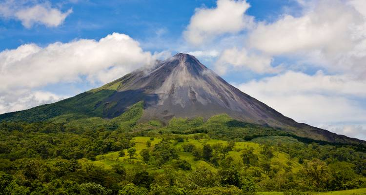 Costa Rica Volcanoes & Surfing - G Adventures
