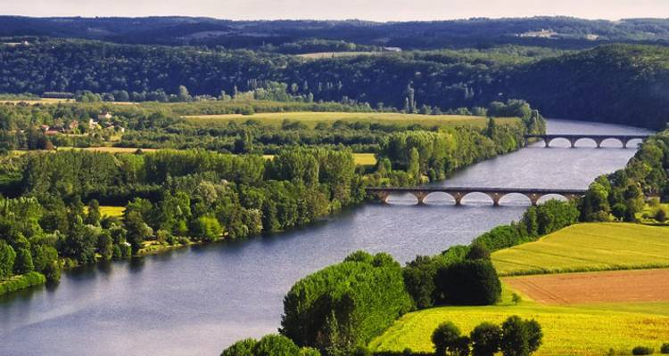 Bordeaux and Dordogne Best Of - Discover France Adventures