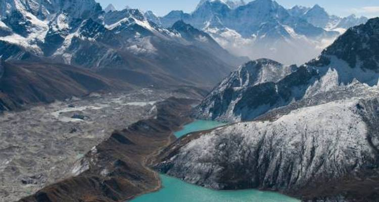Everest & Gokyo Lakes - 18 days - On The Go Tours