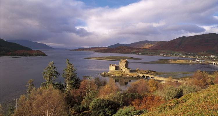 Eilean Donan, Loch Ness & The North West Highlands - from Glasgow - Timberbush Tours