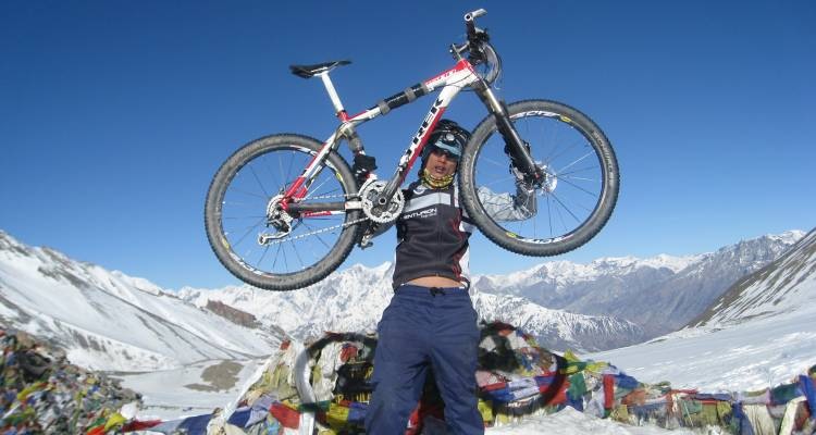 Annapurna Circuit Biking - Ace the Himalaya