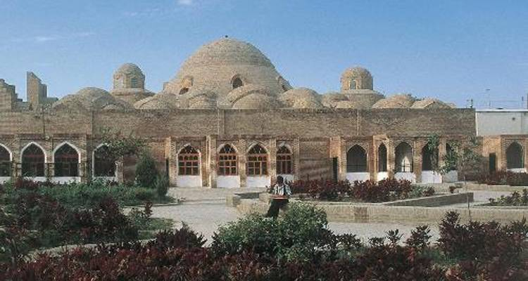 Uzbekistan by Bike - World Expeditions