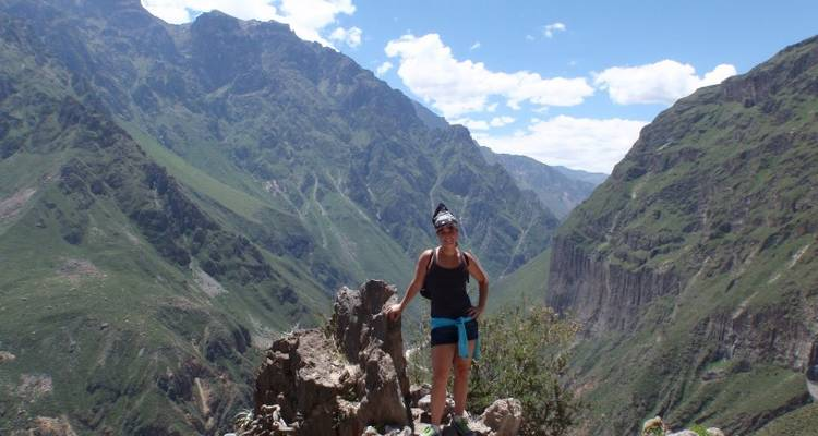 Colca Canyon Trekking 3D/2N & Transfer to Puno - Bamba Experience