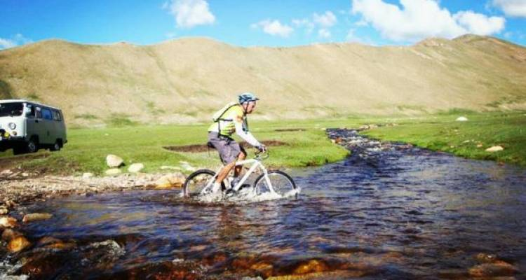 Mongolian Steppe Adventure - SpiceRoads Cycling