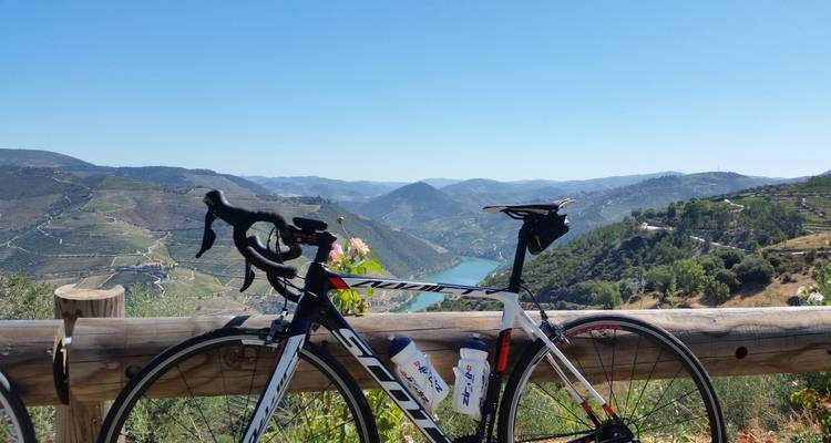 Self-guided bike tour in Portugal: Douro Valley - Go Cycling Portugal