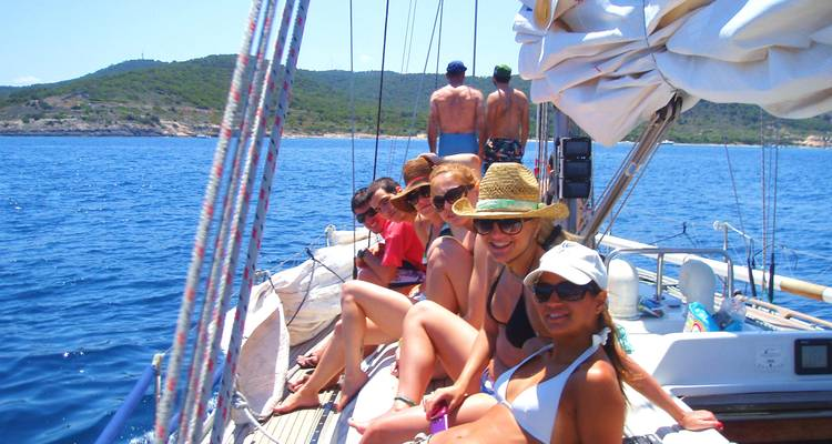 2 Day Athens Sailing Getaway! - Trails Beyond